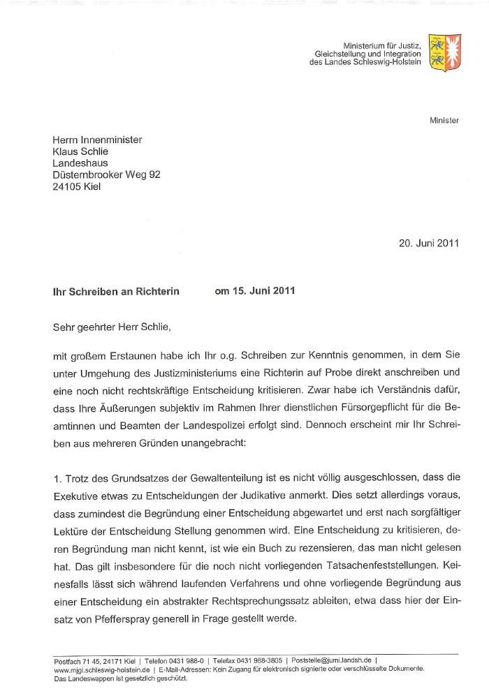 Briefe Schreiben Ohne Rechtschreibfehler : Richterschelte innenminister als neue alice schwarzer