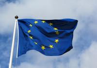 Die EU Flagge flattert schon  / CC-BY-SA