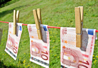 By: Images Money - CC BY 2.0